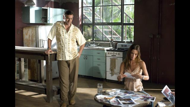 バーン・ノーティス 元スパイの逆襲 シーズン1 家族の絆