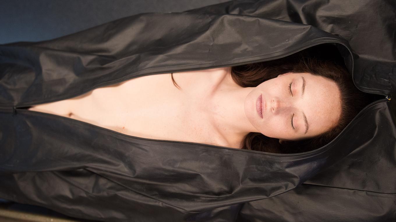 ジェーン・ドゥの解剖無料動画