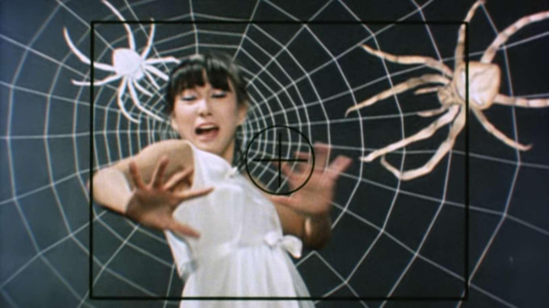 江戸川乱歩の美女シリーズ 化粧台の美女 江戸川乱歩の「蜘蛛男」