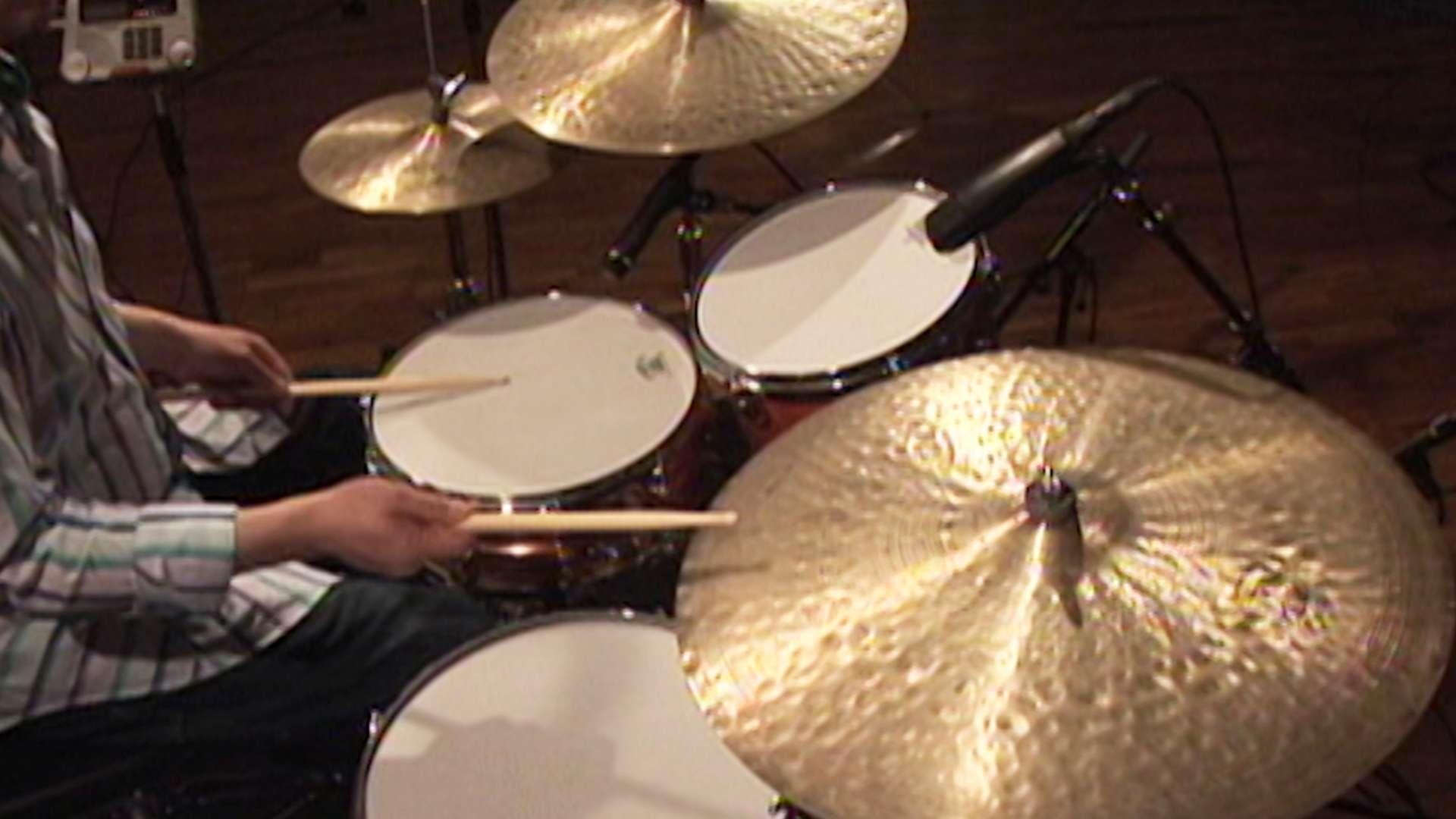 大人の楽器生活 ジャズ・ドラムの嗜み