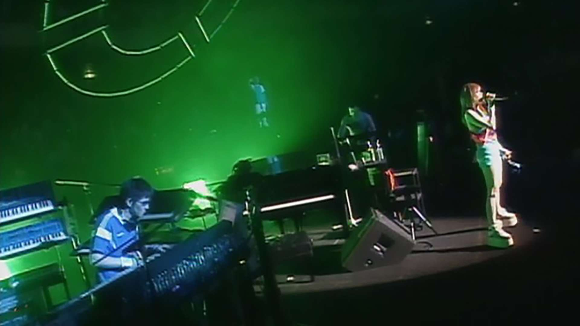globe tour 2002 CATEGORY TRANCE & ALL GENRE -1day SPECIAL LIVE in 日本武道館