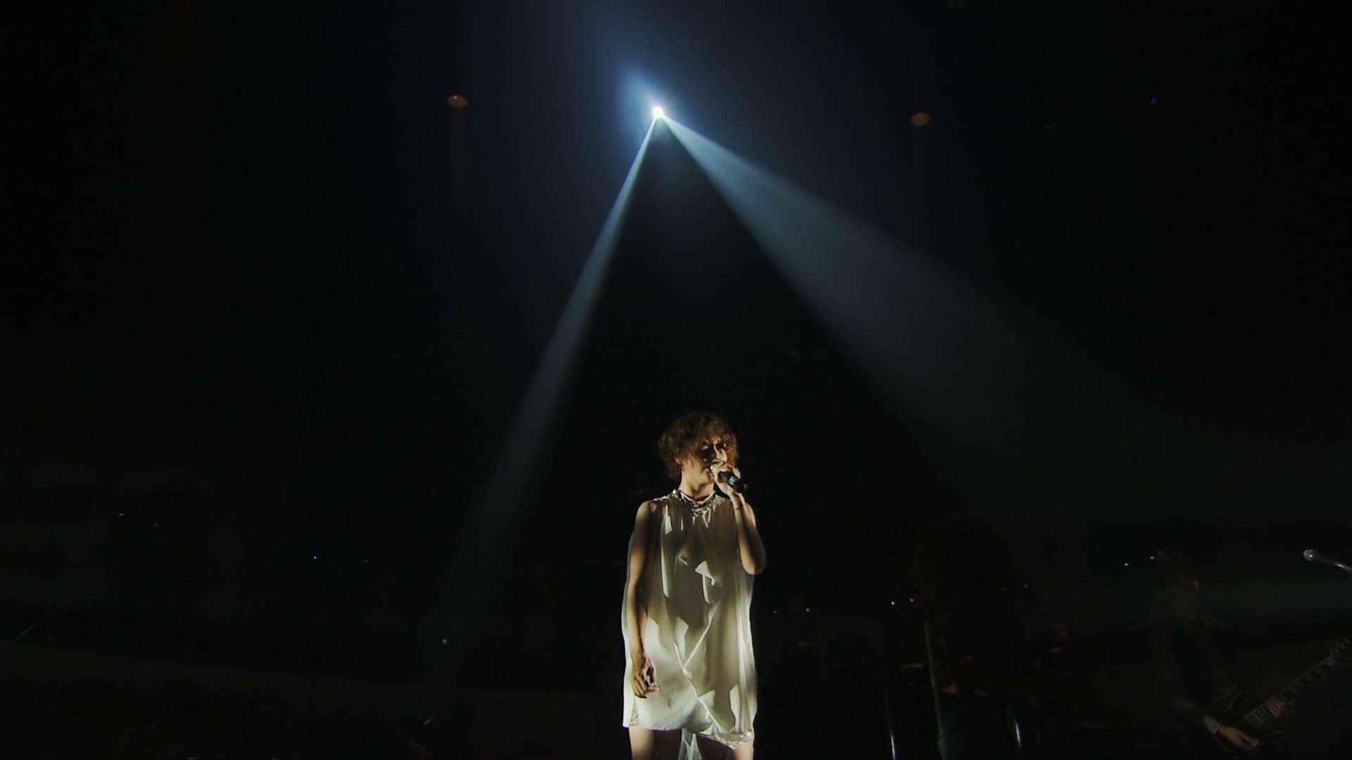 大塚 愛 LOVE IS BORN ~10th Anniversary 2013~